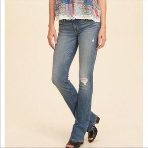 Hollister Distressed Jeans 👖